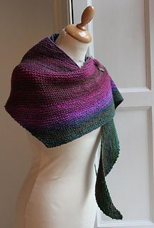 Boom! is a very simple asymmetric boomerang shawl, knit in garter stitch with increases and decreases. The shawl was designed with the intention of displaying a colour gradient in handspun yarns, prepared from commercially blended tops, but could be used with any commercial yarn. It would be ideal for variegated or gradient yarns.