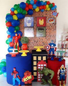 Avengers Party: 41 Decorating Ideas and Photos to Inspire Avengers Birthday Cakes, Hulk Birthday, Superhero Birthday Cake, Boy First Birthday, Superhero Party, Birthday Party Themes, Avengers Party Decorations, Hulk Party, Bernardo