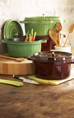 http://www.surlatable.com/category/cat870477/Le-Creuset   Le Creuset Cookware, Dinnerware and Stoneware