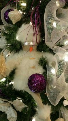 Christmas Wreaths, Christmas Tree, Holiday Decor, Home Decor, Firs, Snowman, Christmas Swags, Teal Christmas Tree, Homemade Home Decor