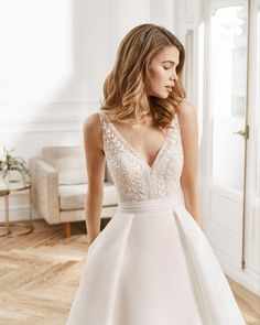 Pink Wedding Dresses, Royal Blue Dresses, Wedding Dress Trends, Wedding Attire, Bridal Dresses, Wedding Gowns, Wedding Ideas, Fairytale Gown, Casual Dresses