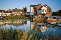 Tewkesbury is an ancient settlement at the meeting of the Rivers Severn and Avon. Weir