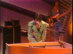 K.C. & THE SUNSHiNE BAND I'm Your Boogie Man (Live Midnight Special)