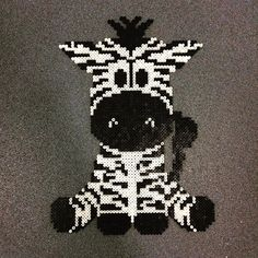 Zebra hama beads by dina_mig - Pattern: https://de.pinterest.com/pin/374291419013031044/