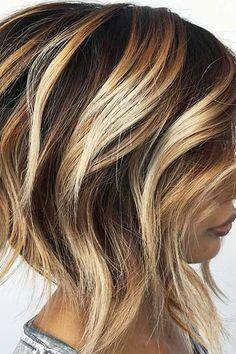 Kurzes gestapeltes Haar