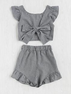 Shop Gingham Frill Trim Bow Tie Back Top With Shorts online. SheIn offers Gingham Frill Trim Bow Tie Back Top With Shorts & more to fit your fashionable needs. Style Outfits, Summer Outfits, Girl Outfits, Casual Outfits, Cute Outfits, Fashion Outfits, Kids Fashion, Womens Fashion, Fashion Fashion