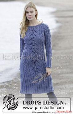 Женственное платье спицами, выполненное из довольно толстой шерстяной пряжи.