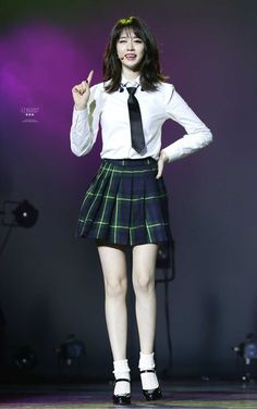t-ara jiyeon with school uniform
