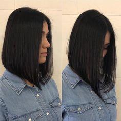 Stacked Bob Hairstyles, Long Bob Haircuts, Long Bob Hairstyles, Haircut Bob, Haircut Medium, Blunt Haircut, Trendy Haircut, Medium Hair Cuts, Medium Hair Styles