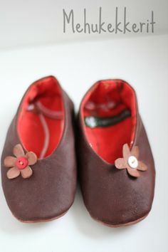 leather slippers to a child, cotton, leather, handmade slippers