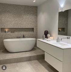 Inspire Me Home Decor, Bedroom Inspo, Corner Bathtub, Real Estate, House Design, Interior Design, Instagram, Bathroom Ideas, Videos