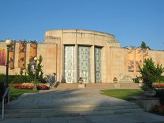 Seattle Asian Art Museum...first saturdays are free for families!
