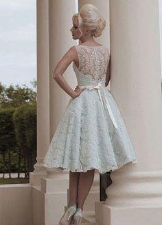 Fotos de vestidos de noiva curtos rendados - anos 50