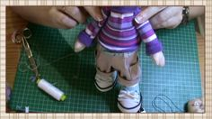Jersey muñeco Pepito Doll Sewing Patterns, Sewing Dolls, Foam Crafts, Diy And Crafts, Video Mc, Doll Videos, Doll Making Tutorials, Doll Tutorial, Doll Head