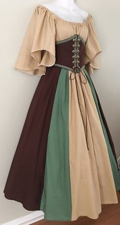 Renaissance Costume, Renaissance Clothing, Medieval Fashion, Victorian Fashion, Pretty Outfits, Pretty Dresses, Cool Outfits, 1800s Dresses, Vintage Dresses