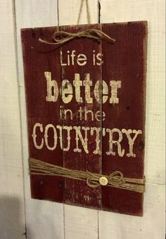 Rustic Wood Decrotive Sign Hand Painted by EverydayCreationsJen Rustic Crafts, Pallet Crafts, Country Crafts, Pallet Art, Wooden Crafts, Pallet Boards, Country Decor, Rustic Decor, Cute Signs