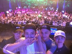 Why do they all look so cute. Especially Sehun. Stop that