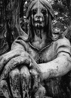 Looks like Ozzy Osbourne.    http://le-piu-belle.tumblr.com/post/22402152020