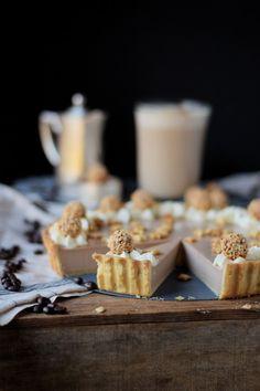 Nougat Baileys Tarte und ein Baileys Latte Food L, Baileys, I Party, Feta, Dairy, Sweets, Cheese, Instagram Feed, Drinks