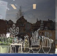 Fun cacti window drawing, for when you don& have green fingers, but do love plants! Chalk Pens, Chalk Markers, Chalk Art, Cama Design, Window Markers, Window Graphics, Window Art, Window Ideas, Diy Décoration