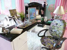 WoW re-painted Barbie furniture