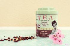 Tea and flowers | Flickr: Intercambio de fotos