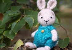 In this article I will share with you amigurumi bunny styopa free crochet pattern. We always keep you up-to-date with Amigurumi. Crochet Gratis, Crochet Patterns Amigurumi, Crochet Toys, Free Crochet, Bunny Paws, How To Purl Knit, Knit Purl, Crochet Rabbit, Knitting Needles