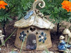 ceramic fairy house ~ works for toads too!