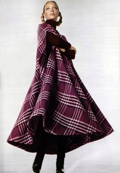 L'officiel magazine 1970 - Christan Dior plaid cape coat