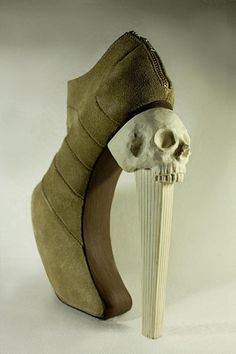 Ethnic Armadillos, it took me about 3 seconds to figure out that this is a shoe and how the hell it works. I pity the fool.
