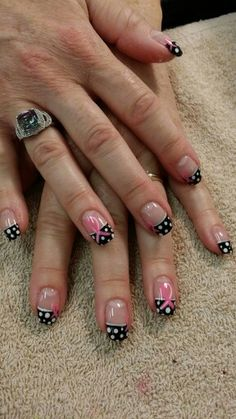 Breast cancer nail design.