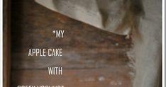 Εξαιρετικά νόστιμο και εύκολο κέικ με φρούτα και μοναδικό ελληνικό γιαούρτι!!!  Υλικά 250 γρ. βούτυρο 500 γρ. αλεύρι που φουσκώνει μόνο του...