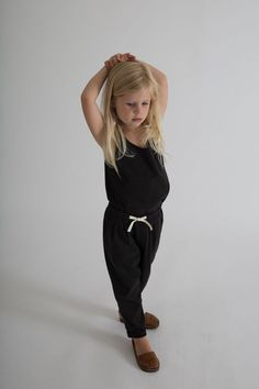 These relaxed fit trousers are made from the softest organic cotton jersey. Loose and comfortable, they have an elasticated waistband, simple drawstring fasteni Gray Label, Baby Album, Pleated Pants, Parachute Pants, Organic Cotton, Trousers, Denim, Aunt, Grey
