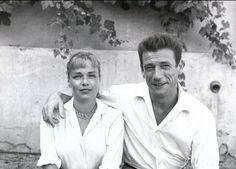 Simone Signoret et Yves Montand Music Film, Film Movie, Movies, Star Francaise, Francois Truffaut, A Fine Romance, Veuve, Hollywood, Child Actors