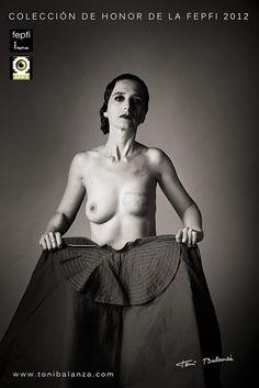 Torero mastectomizada fotografía calificada como Excelente en desnudo por la FEPFI una fotografía de Toni Balanzà