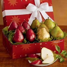 9-Month Signature Light Gift Box Fruit-of-the-Month Club® Collection (Begins December) - Gift Baskets & Fruit Baskets - Harry and David - http://www.specialdaysgift.com/9-month-signature-light-gift-box-fruit-of-the-month-club-collection-begins-december-gift-baskets-fruit-baskets-harry-and-david/