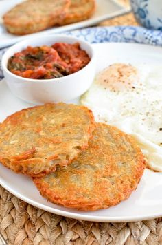 Slimming Slimming Eats Syn Free Crispy Golden Hash Browns - gluten free, dairy free, vegetarian, paleo, Slimming World and Weight Watchers friendly - Slimming World Hash Brown, Slimming World Snacks, Slimming World Breakfast, Slimming World Recipes Syn Free, Slimming Eats, Healthy Snacks, Healthy Recipes, Healthy Eating, Free Recipes