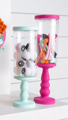 brings you inspired fun made easy. Find and shop thousands of creative projects, party planning ideas, classroom inspiration and DIY wedding projects. Bolo Halloween, Barbie Halloween, Halloween Mantel, Kawaii Halloween, Pink Halloween, Halloween Inspo, Halloween Birthday, Outdoor Halloween, Diy Halloween Decorations