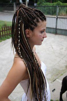 White Girl Weave, White Girl Braids, Girls Braids, Afro Braids, African Braids, Cornrows, Box Braids, Braids With Extensions, Braids With Weave