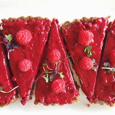 Our famous raw raspberry & ginger tart is available at both Unbakeries todayCome by and grab a slice to finish the week off on a sweet note! #raw #rawfood #vegan #organic #tart #unbakery #plantbased #vegansofig #glutenfree #dairyfree #lttlebirdorganics