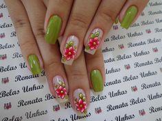 Modelos e fotos de unhas decoradas com esmalte verde para inspiração Cute Spring Nails, Dark Spots On Skin, Eyeliner, French Nail Designs, Elegant Nails, Flower Nails, French Nails, Manicure And Pedicure, Trends