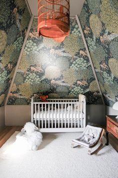 〚 Eclectic design with bohemian touch by Pierce & Ward 〛 ◾ Photos ◾Ideas◾ Design Baby Decor, Kids Decor, Home Decor, Decor Ideas, Kid Spaces, Living Spaces, Eclectic Design, Interior Design, Take A Seat