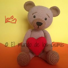 "Oso San Valentín Amigurumi - Patrón Gratis en Español - Versión en PDF - Click ""download"" o ""free Ravelry download"" para su descarga aquí: http://www.ravelry.com/patterns/library/oso-san-valentin"