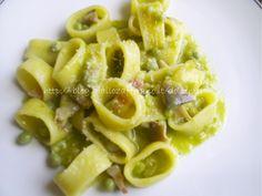 Calamarata con piselli e funghi pioppini ricetta semplice (ricetta di Dolce Mela)