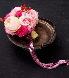 DIY Sparkling Spring Bouquet   Confetti Pop