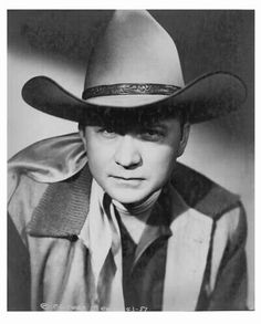 """WOODWARD MAURICE RITTER a.k.a. """"TEX"""" (Singer / Actor)  BIRTH:  January 12, 1905 in Murvaul, Texas, U.S.A.  DEATH:  February 2, 1974 in Nashville, Tennessee, U.S.A.  CAUSE OF DEATH:  Heart Attack  CLAIM TO FAME:  Father of John Ritter Best Country Music, Country Music Videos, Country Music Artists, Country Music Stars, Country Singers, Tex Ritter, John Ritter, Lone Ranger, Film Books"""