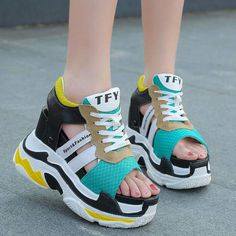 Kawaii Shoes, Short Legs, Shoe Closet, Huaraches, Cute Shoes, Birkenstock, Fashion Shoes, Shoe Boots, Footwear