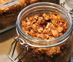 Crunchy Granola : Edible gifts don't always need to be cookies. You can give the gift of homemade granola. Whip up a batch of granola and place in pretty glass jars. Affix a bow and you got yourself a healthy gift to give. For a more exotic flavor, try out Chai spiced granola. Flickr User thepinkpeppercorn