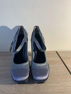 Louis Vuitton High Heels, Women's Pumps, Shoes Heels, Green Pumps, Sneaker Heels, Designer Heels, Womens High Heels, Jimmy Choo, Ebay