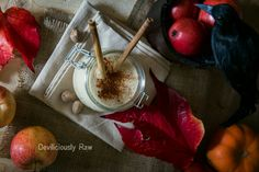 Apple Pie Smoothie #raw #vegan #applepie #smoothie #deviliciouslyraw